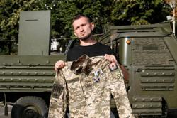 Gay war veteran speaks out for equal rights in Ukraine's military