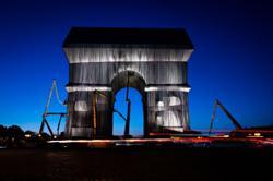 'Crazy dream': Macron unveils wrapped Arc de Triomphe in Paris