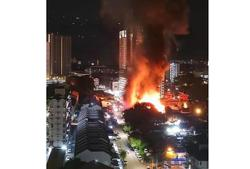 Fire damages three houses in Penang's Kampung Jelutong Barat