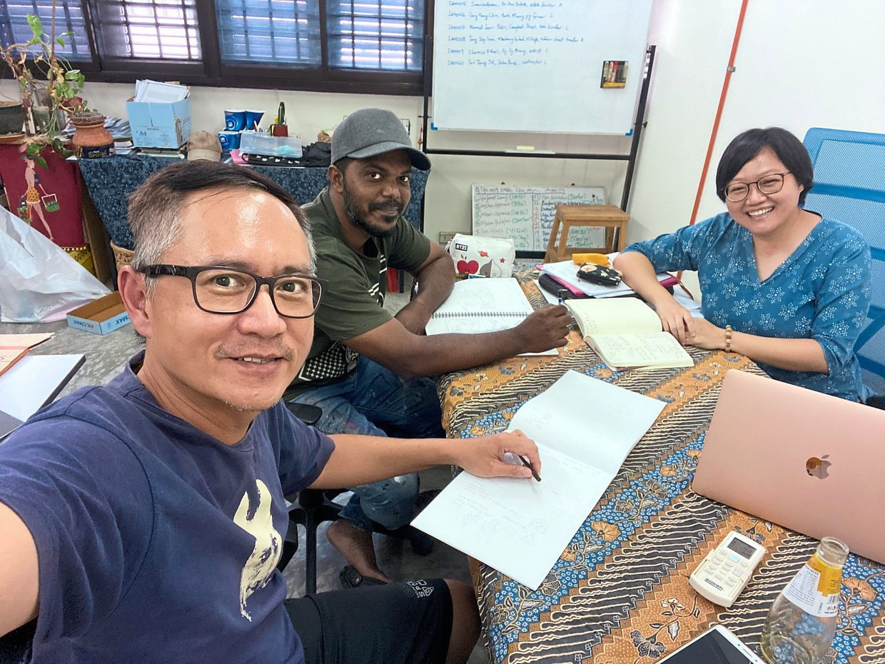 Eager documentarians (from left) Lefty, Azmi and Kuah are hoping to expand the 'I Am Home' project.