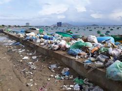 Vietnam ready to join talks on global treaty on marine plastic waste