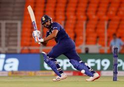 Cricket-Rohit set to make IPL return for Mumbai in Kolkata clash