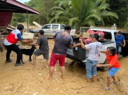 Send in the army to help flood victims in Penampang, says MP