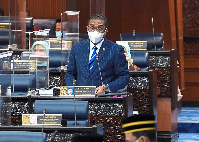 Clarification: Takiyuddin responding to questions in Parliament. — Bernama