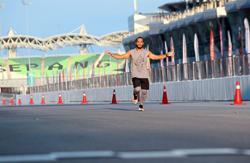 83km solo run puts him in record book