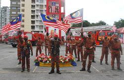 High-flying show of patriotism