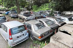 Sell old cars to scrap vendors instead of abandoning them, owners told
