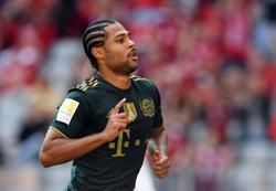 Soccer - Gnabry misses Bayern training with flu, Musiala still out