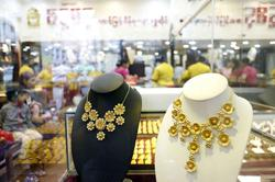 Domestic gold price on rise in Myanmar as demonetisation rumour is shaking up market