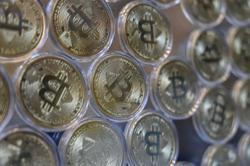 Bitcoin drops below US$40,000 as regulatory drumbeat grows