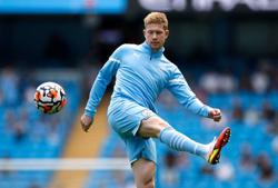 Soccer-Man City's Guardiola says De Bruyne needs time to hit top gear