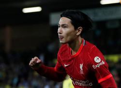 Soccer-Liverpool boss Klopp full of praise for returning Minamino