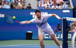 Tennis-Confident Murray aiming higher after tweaking service action