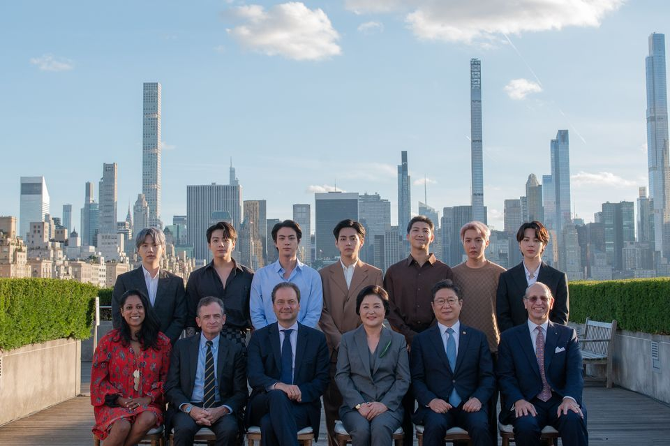 BTS members with Korean First Lady Kim Jung-sook, culture minister Hwang Hee, Met director Max Hollein, the museum's president and CEO Dan Weiss, Mike Hearn, the Chairman of the Asian Art Department, and NYC's Commissioner for International Affairs, Penny Abeywardena. Photo: Paula Lobo, courtesy of The Met