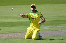 Cricket-Australia's Stoinis suffers hamstring injury in IPL match