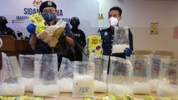 Customs seizes 28kg of meth, twins among five suspects arrested