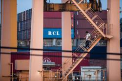 Thailand to start shipping line to boost status as logistics hub
