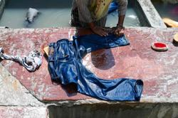 Indian man on bail for rape must wash women's clothes for six months