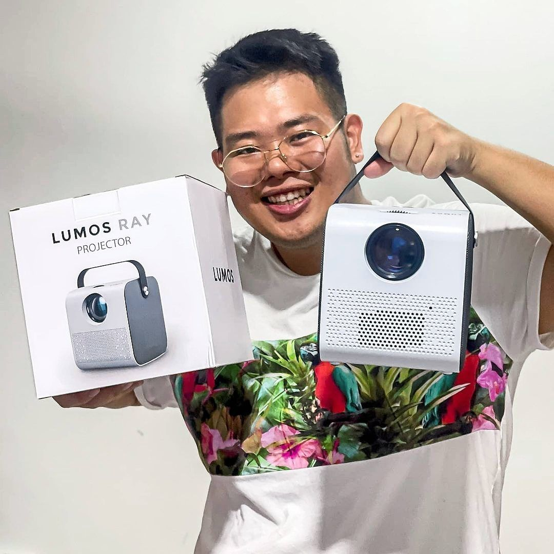 Since its launch, the LUMOS RAY projector has received hundreds of five-star reviews from many satisfied users on its website.