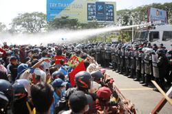 'Civil war may worsen in Myanmar'