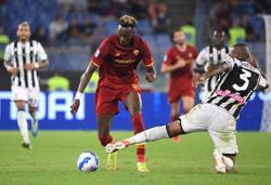 Soccer-Abraham strikes to earn Roma narrow win over Udinese