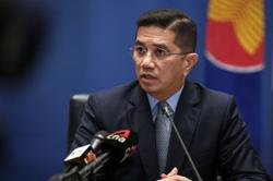 Azmin: Malaysia remains preferred hub for global manufacturers