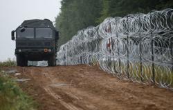 U.N. rights chief urges Belarus neighbours to protect asylum-seekers