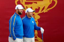 Golf - Delayed Ryder Cup returns to raucous reception