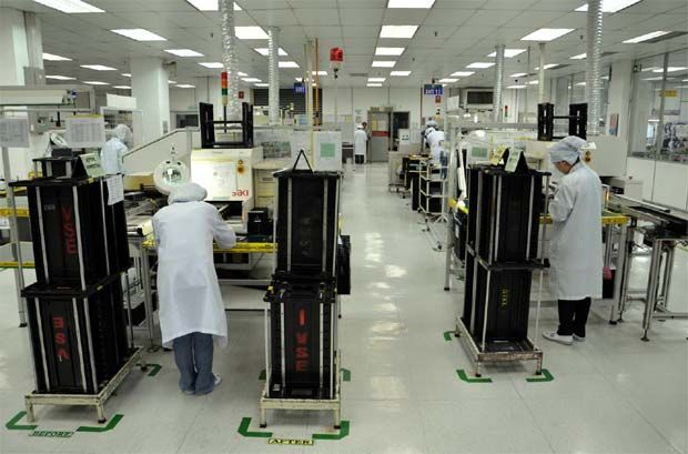 """""""This was parallel with the top-line improvement while the larger-than-proportionate rise in profitability was due to favourable product sales mix in Malaysia stemming from a more diversified clientele, turnaround in performance from Indonesia as well as much narrower losses incurred in China,"""" it said in a statement. (File pic - VS Industry plant Senai.)"""