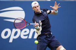 Tennis-Isner, Shapovalov win doubles as Team Europe lead Laver Cup 3-1
