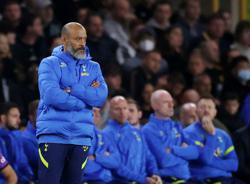 Soccer-Spurs' Nuno says he ignores Premier League's heading guidance in training