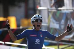 Cycling-Italy's Balsamo pips Vos to win road race world title
