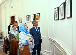 King and Queen visit High Commission in London