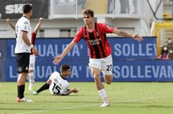 Soccer-Maldini makes Serie A history as third generation of family to feature