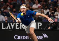 Tennis-Tsitsipas takes shoe break in Laver Cup win over Kyrgios