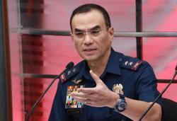 Philippines: Manila cop sued for threatening teens with gun