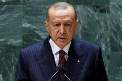 Erdogan: Turkey intends to buy more Russian defence systems