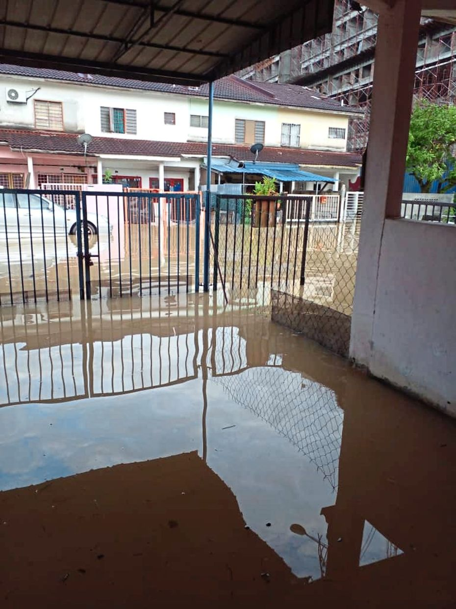 Taman Daya Meru residents say after a 30-minute downpour, their compounds and houses will be inundated.