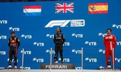 Motor racing-Title battle too close for comfort, says Mercedes boss Wolff