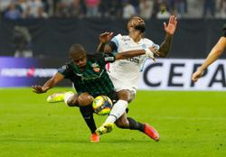 Soccer-Lens end unbeaten Marseille run to go second in Ligue 1