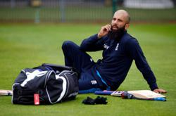 Cricket-England all-rounder Moeen Ali announces retirement from tests