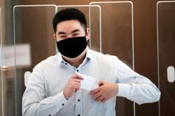 Singapore: Gag order lifted on identity of undergrad who filmed voyeuristic videos of female friends
