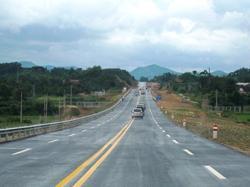 Vientiane-Hanoi expressway under study, say both Laos and Vietnam governments