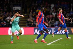 Soccer-Brighton earn last-gasp draw at Palace but denied top spot