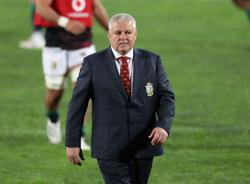 Rugby-New role for Gatland as Chiefs retain McMillan as head coach