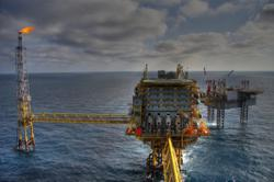Oil climbs for sixth day on supply concerns, Brent tops US$80