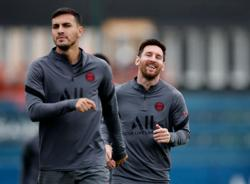 Soccer-Messi in PSG squad for Manchester City Champions League clash