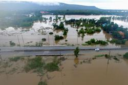 Bangkok on alert as 70,000 homes flooded in Thailand