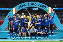 Soccer-Italy to face Copa America winners Argentina in 2022 'Finalissima'