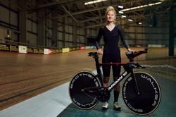 Cycling-One hour from glory, Britain's Lowden focused on record